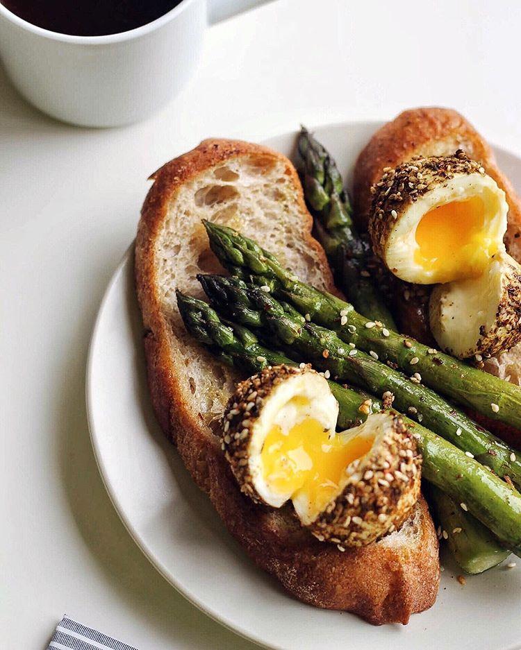 asparagus & spiced egg on toast