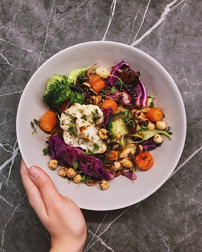 saucy grains, beans and greens (+more)
