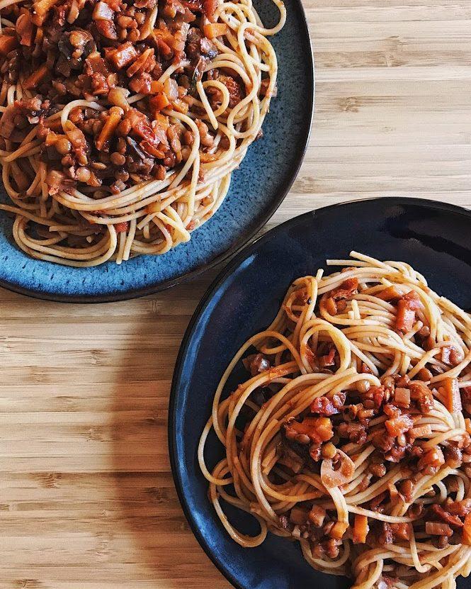 slow-cooked lentil bolognese